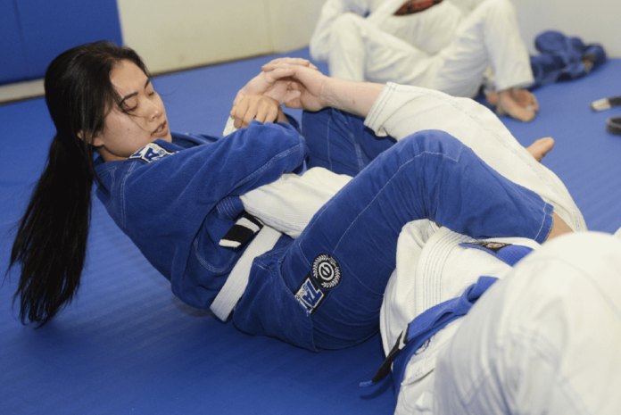 Build a strong BJJ guard for beginners