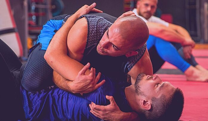 Understand The Crossface In Wrestling And BJJ